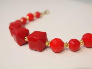 羽織紐 アンティーク ビーズ カラフル ポップ 赤 レッド